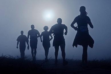 En période estivale, pratiquer son sport favori à la tombée du jour restera la meilleure alternative