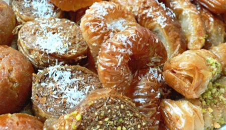 Les pâtisseries orientales de véritables bombes grasses et sucrées : 1 makroud = 3 sucres / 1 zlabia = 17 sucres / 1 datte Medjool = 3 sucres